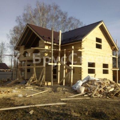 Дом под усадку по проекту DM-1  с размером 6м х 12м из профилированного бруса 145 х 195.Адрес : Калужская область д Тинино.